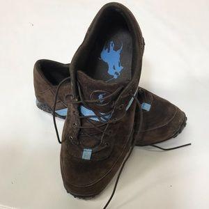 Polo size 7 canvas shoe